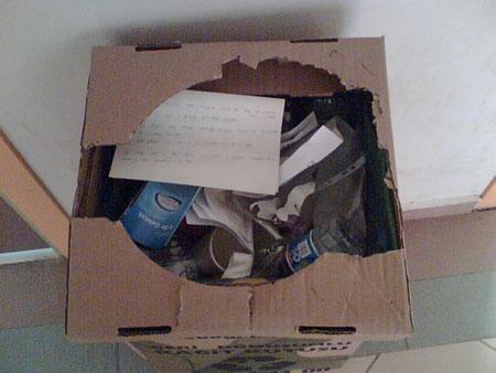 İşte kutuya yakın çekim bir görüntü...